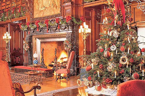victorian inspired displays of holiday finery at the biltmore estate