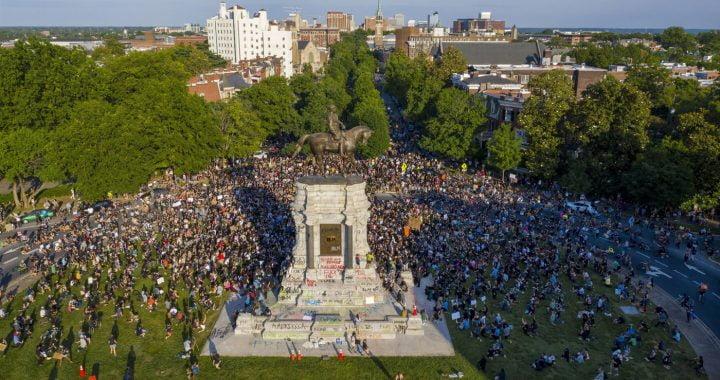 Virginia Plans to Remove Confederate Monuments