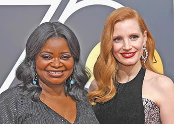 Octavia Spencer (L) and Jessica Chastain.