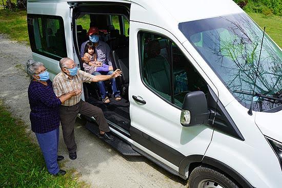 Hola Carolina Launches Free  Ride Program to Help Vaccinate Latinx Community
