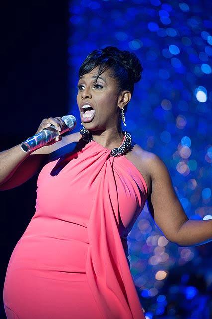 Yolanda Rabun singing