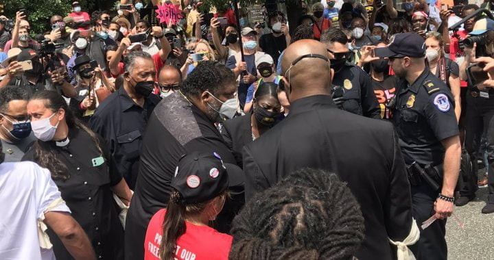 Hundreds Arrested in DC Demanding Voting Rights, End to Poverty, and Death of Filibuster
